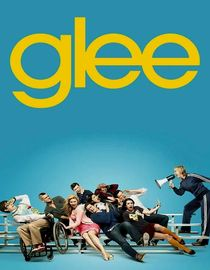 Glee: Never Been Kissed